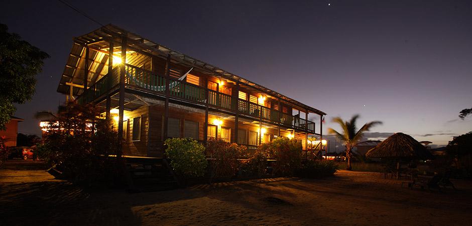 Manatee Inn - hotel in Placencia, Belize